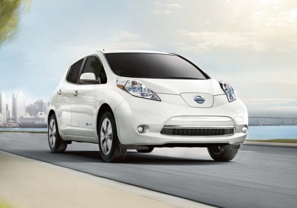 2017 Nissan Leaf รถยนต์ไฟฟ้ามือสองที่ดีที่สุดในปี 2021