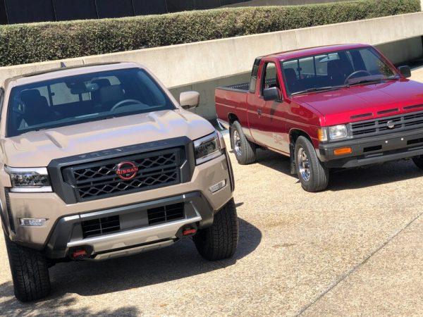 เรานำ Nissan Frontier ปี 2022 และ Pathfinder ออกจากสตูดิโอ!