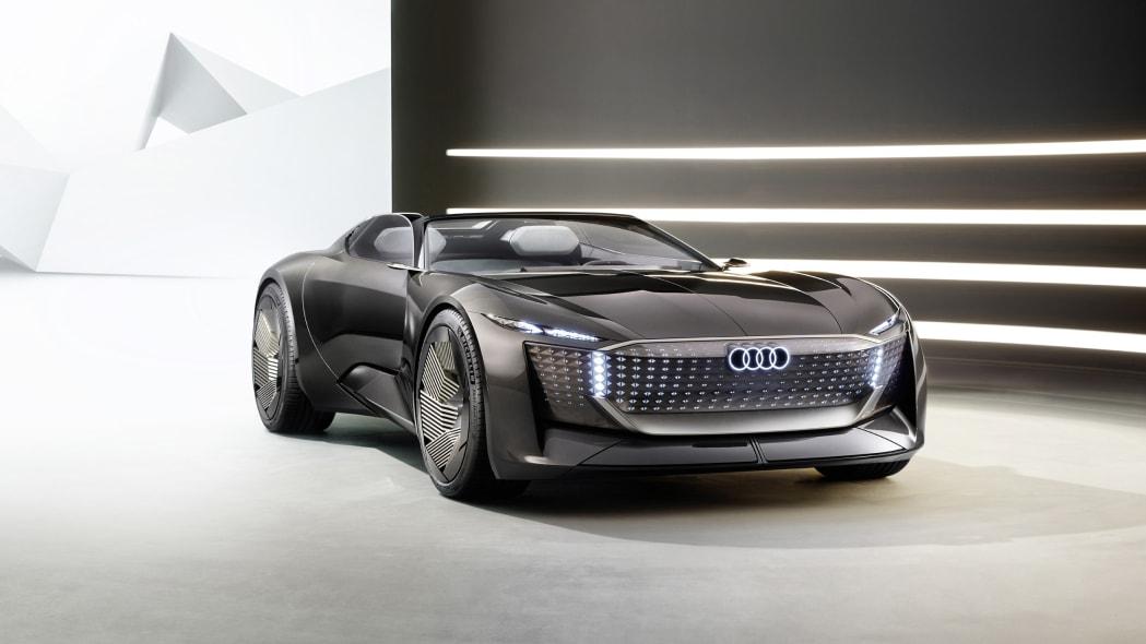 Audi SkySphere สามารถเปลี่ยนระยะฐานล้อได้ด้วยการกดปุ่มเพียงปุ่มเดียว